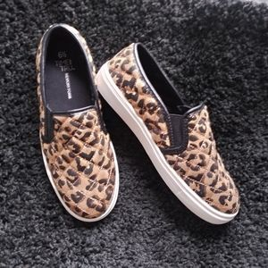 Time and tru leopard casual shoes
